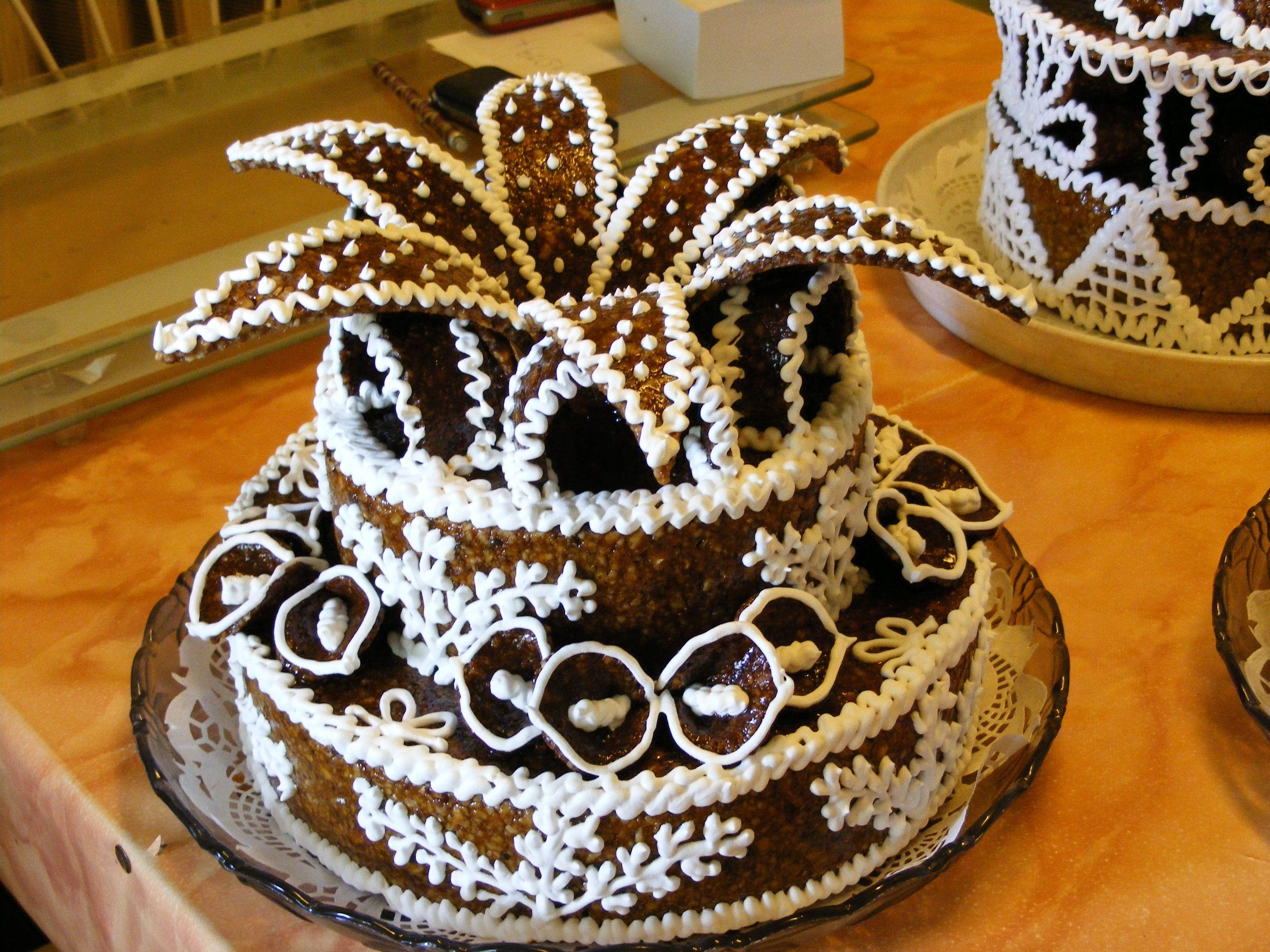 pörkölt torta képek Pörkölt torta készítés a Nők Klubjában 2012. március 01.   27  pörkölt torta képek