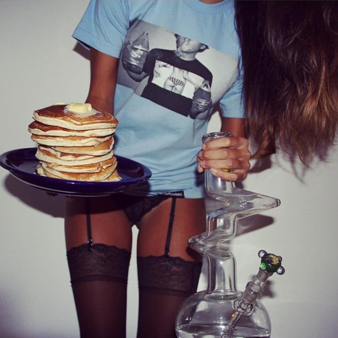 How do you start your morning?!  Photo by: @slantedandenchanted #bongbeauties#420#highlife#dope#wakenbake WWW.BONG-BEAUTIES.COM by bongbeauties