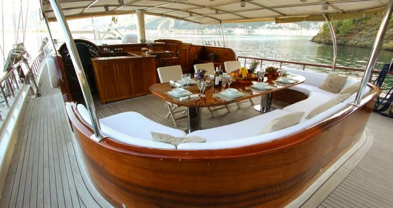 Yachts on Offer We still have some great deals available for late booking here are a few yachts with great discounts. #latebooking #luxuryyacht #guletcharter #greatdeals #lastminute