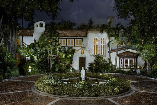Mansion for sale in Miami, pool, patio, waterfront, gated entry