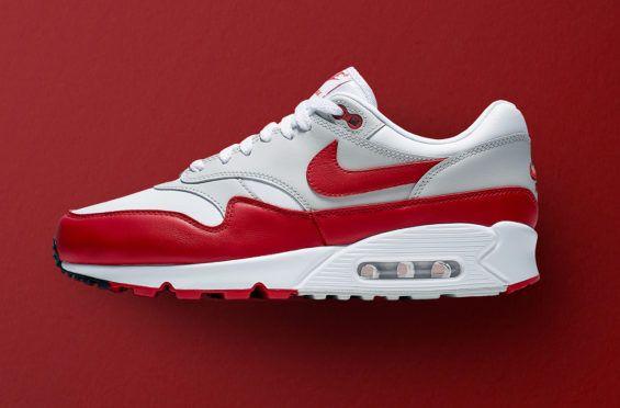 e7359e9305a075 Release Date  Nike Air Max 90 1 University Red More hybrid Nike classics are