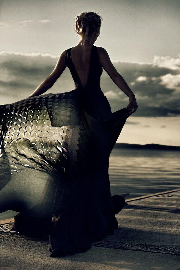 фото женщина в черном платье: 22 тыс изображений найдено в ...
