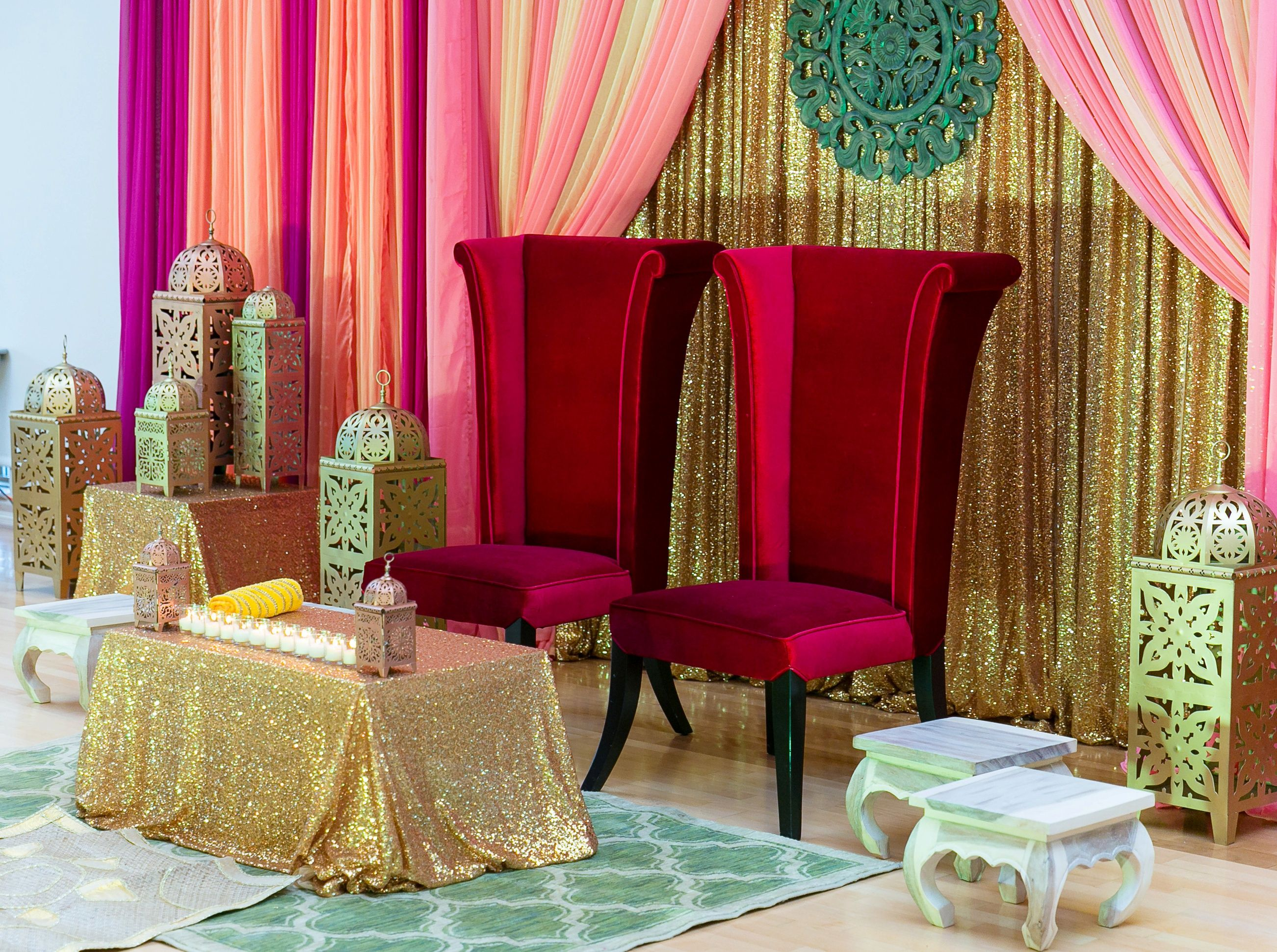 These Red Velvet Highback Chairs Give A Classic Yet Contemporary Feel At  This Summer Holud!
