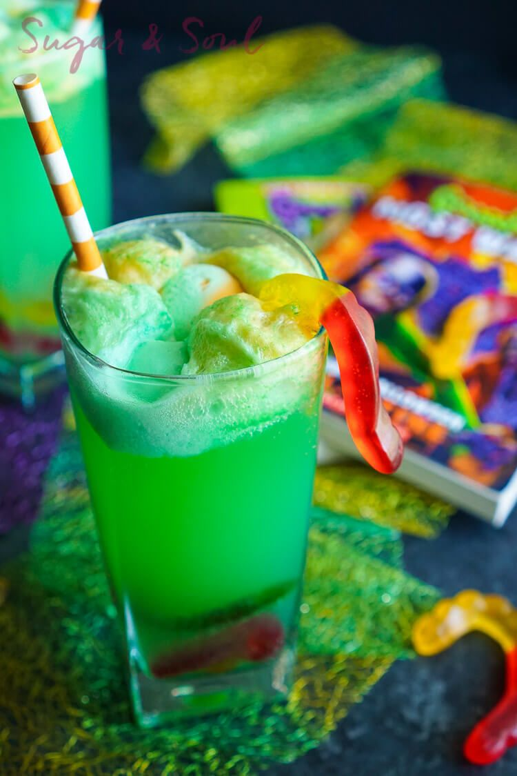 planning a halloween party and looking for the perfect kid friendly halloween punch recipes that are delicious and spooky