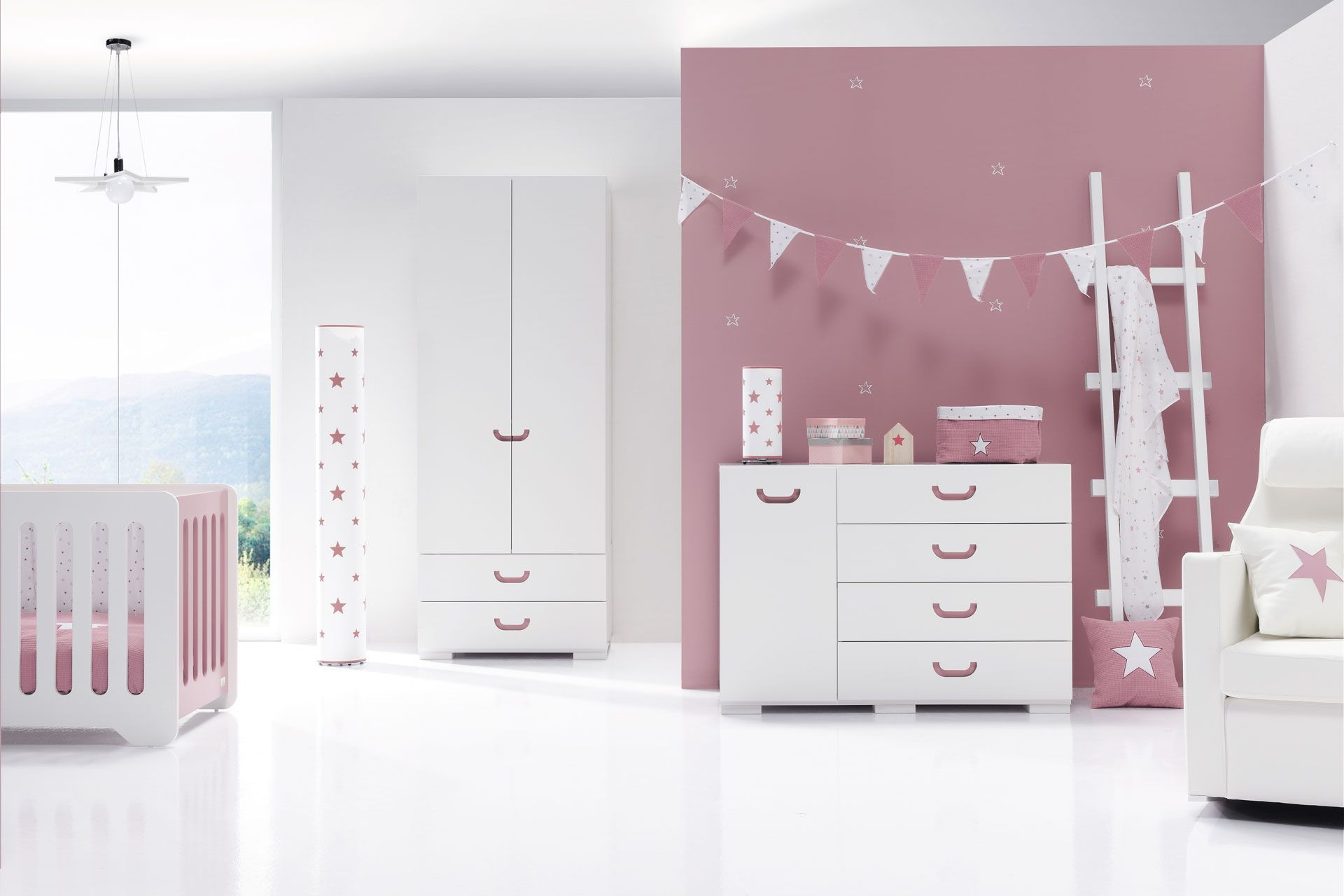 La nueva colecci n de mobiliario joy rose ideal para crear una habitaci n infantil nica y - Mobiliario ideal ...
