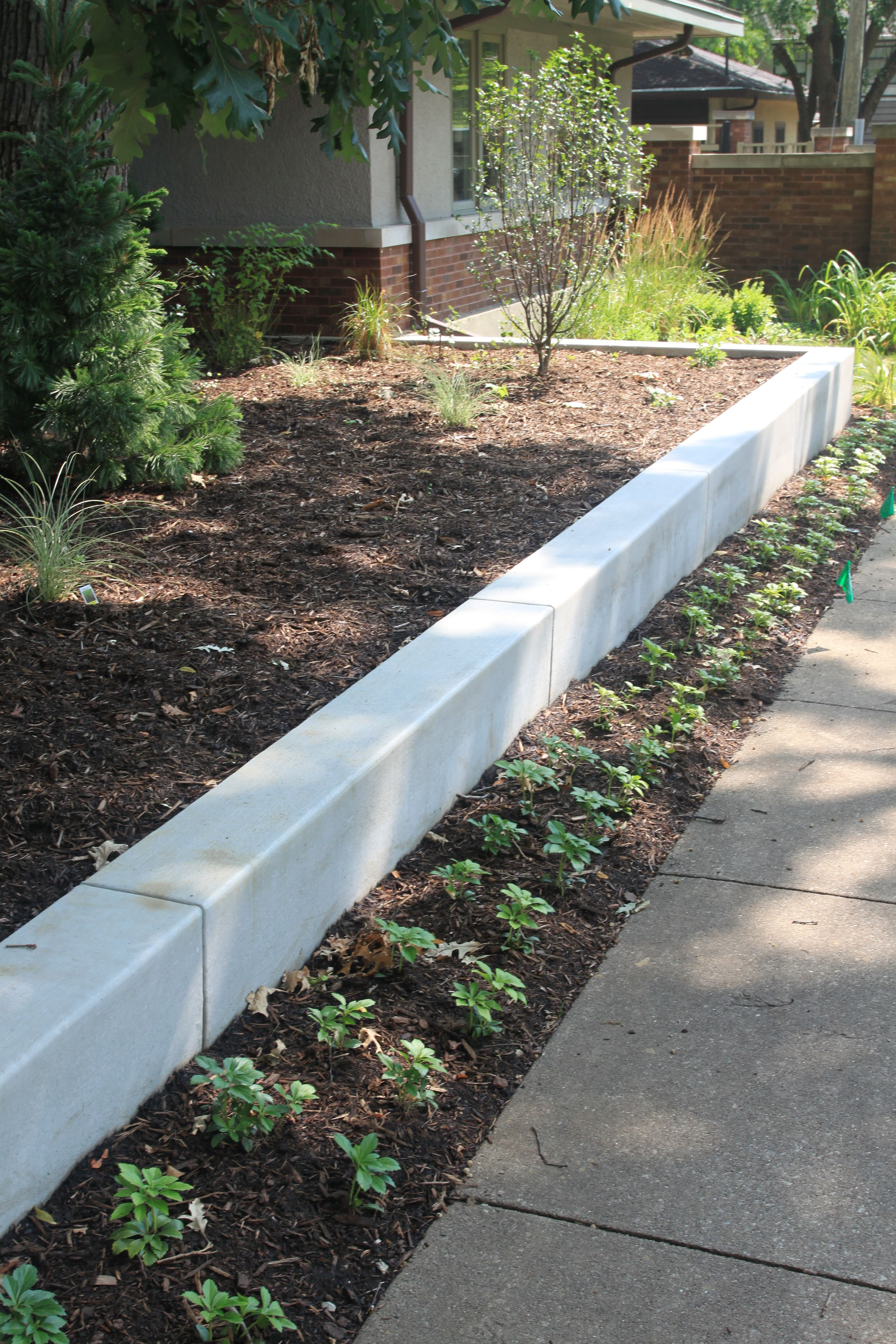 finished concrete - retaining wall