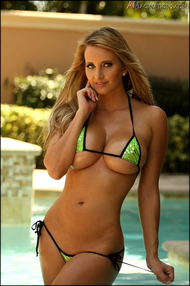 models brazilian Hot blonde