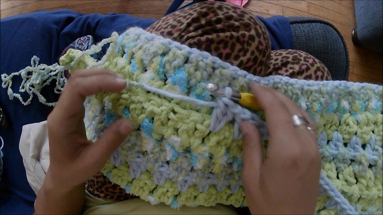 Easy Baby Blanket Using Bernat Baby Bundle Yarn (Crochet