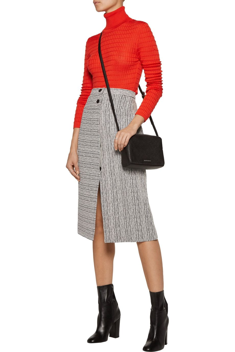 Shop on-sale Carven Fantaisie textured-jacquard midi skirt. Browse other discount designer Skirts & more on The Most Fashionable Fashion Outlet, THE OUTNET.COM
