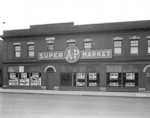 A P Supermarket 953 Wealthy St Se May 4 1938 Grand Rapids