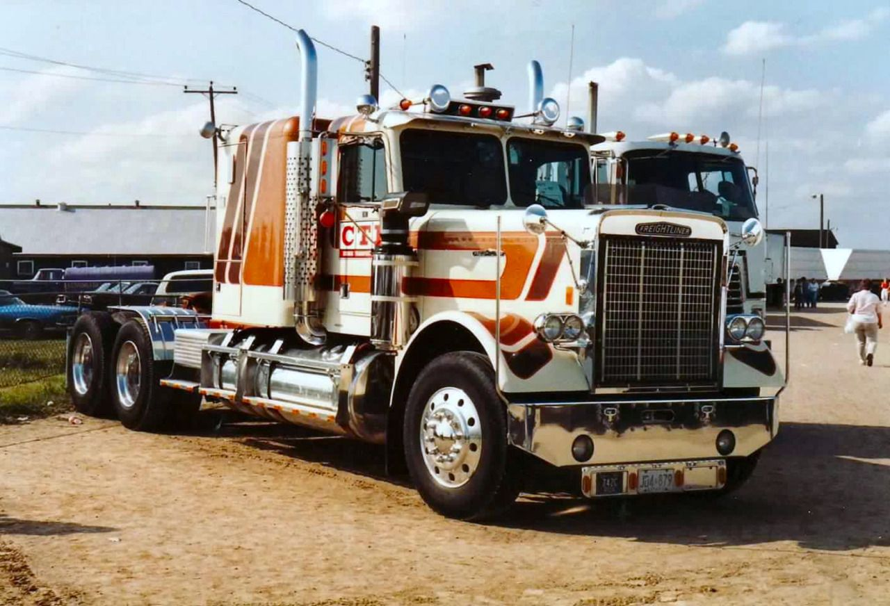 Vintage 70 S White Freightliner Conventional With Images