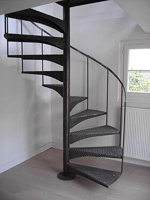 Escaliers En Acier Avec Images Escalier Helicoidal Escaliers