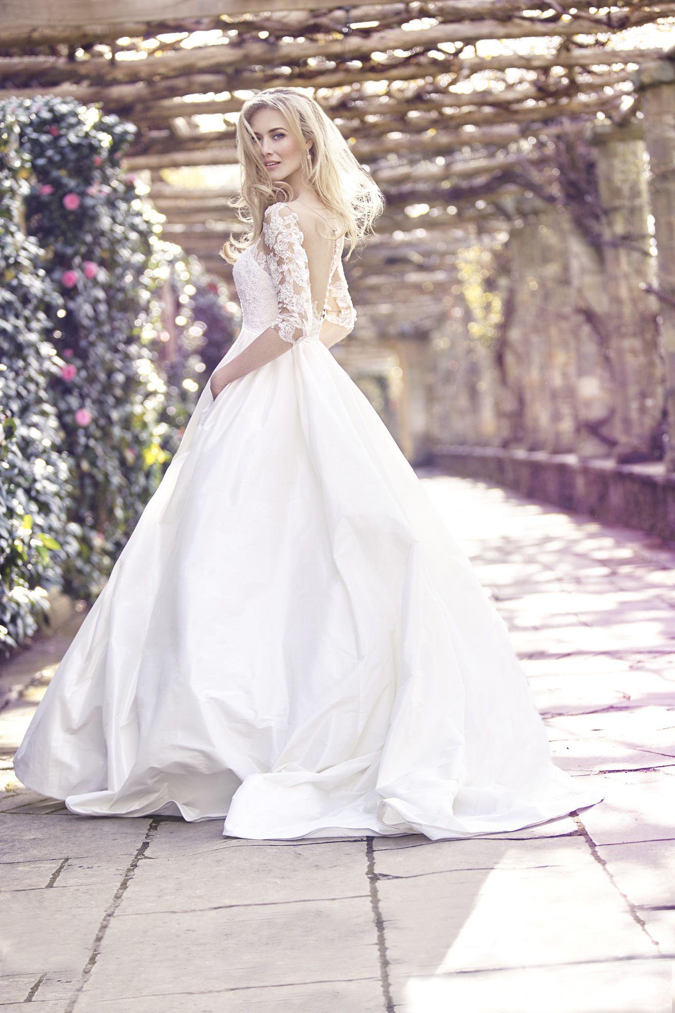 Brautkleid von Ellis Bridals. #Brautkleider2016 #Hochzeit #wedding ...