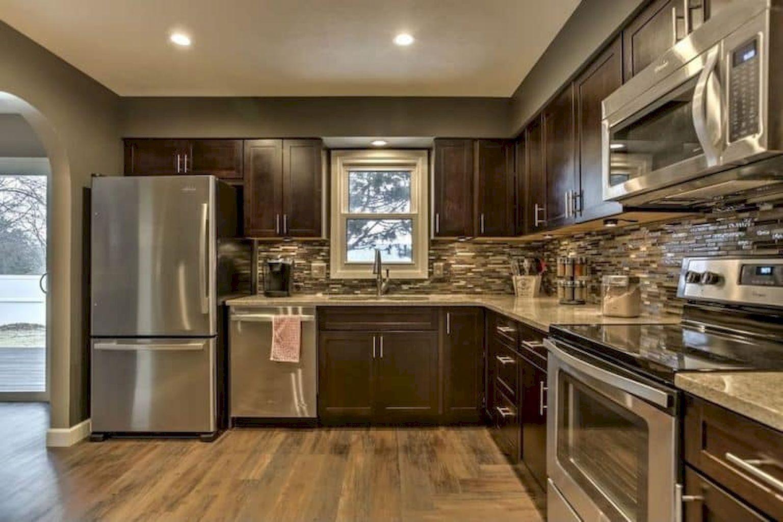 Beautiful kitchen backsplash with dark cabinets decor ideas (7 | Casas