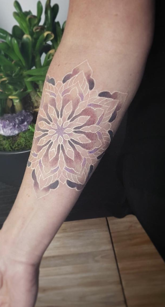 White Ink Tattoo Designs Do S And Don Ts White Tattoo Pattern Tattoo White Ink Tattoo