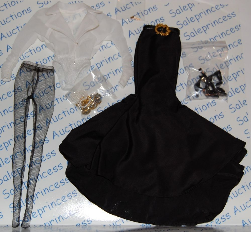 NEW 2011 Tonner Tyler SIGNATURE STATEMENT Doll OUTFIT Complete Only LE 300 Loose