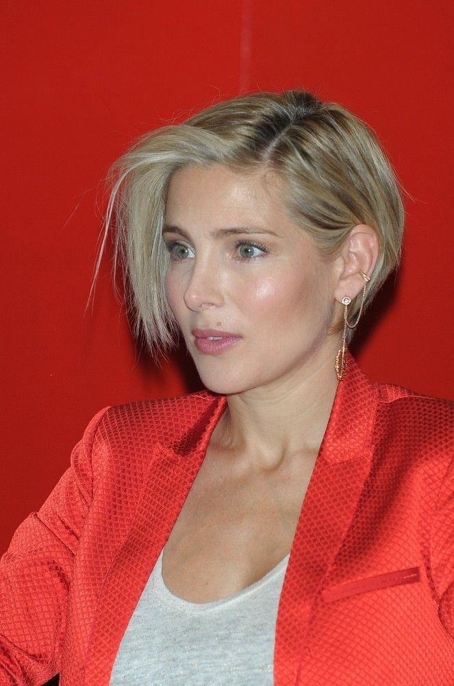 Elsa Pataky Photos Photos Elsa Pataky Spotted Out In Madrid Short Hair Styles Permed Hairstyles Hair Styles