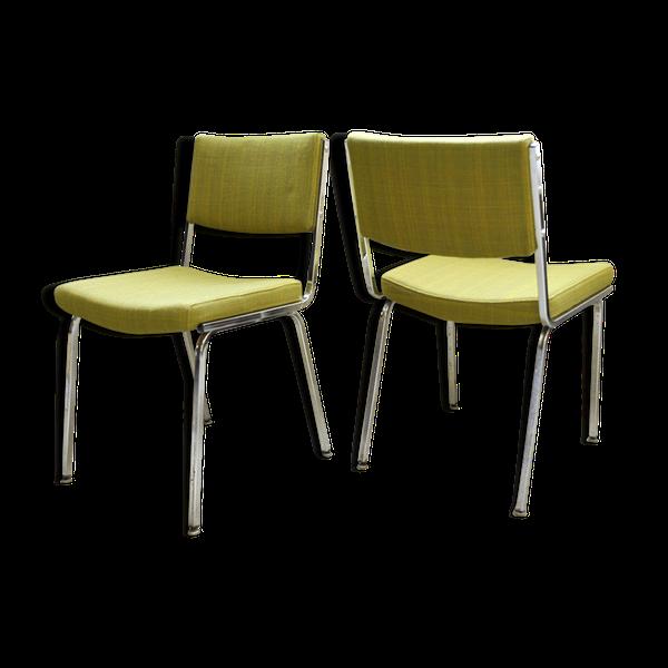 Paire de chaises modernistes des années 70   – Products