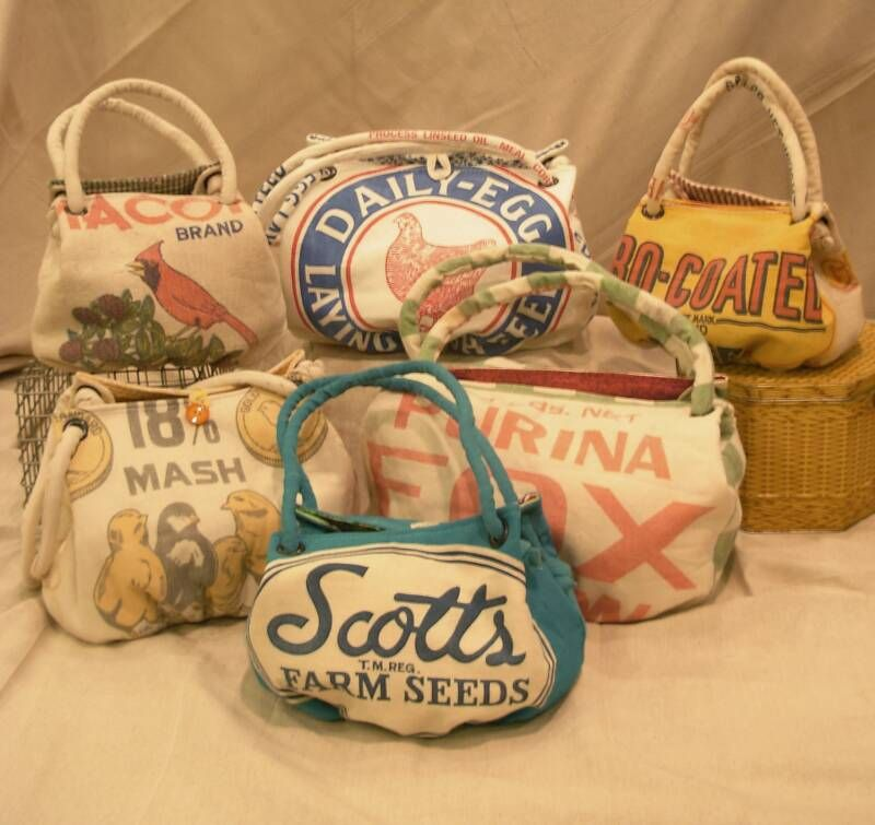 20bd3a9e7431 darlin  feed sack handbags...I need one of these!