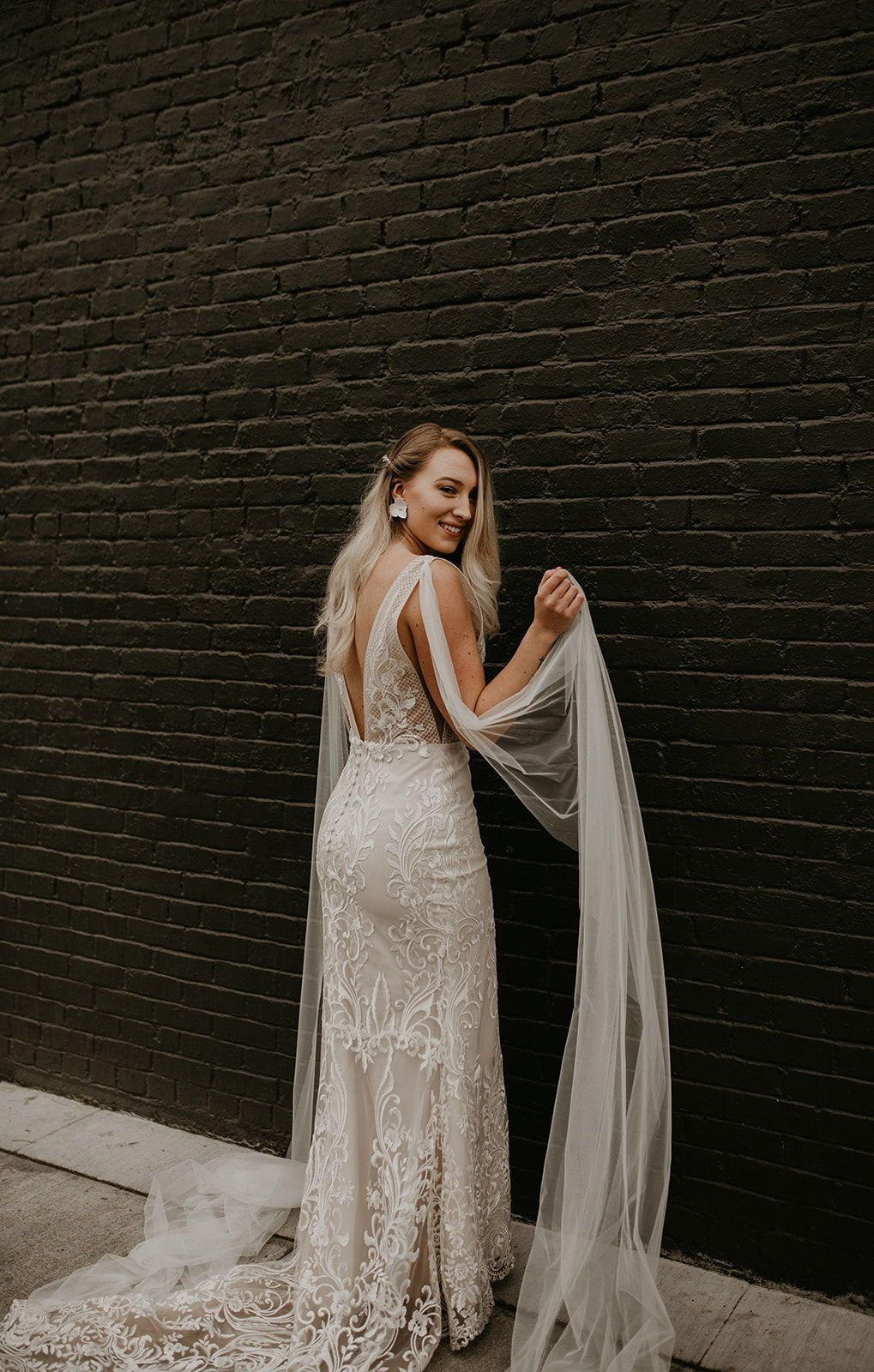Sincerity 44148 Fitted Lace Bodice Wedding Gown With A Dramatic Tulle Skirt Incredibly Delicate Tu Wedding Gowns Lace Maxi Dress Wedding Wedding Dresses [ 3000 x 2000 Pixel ]