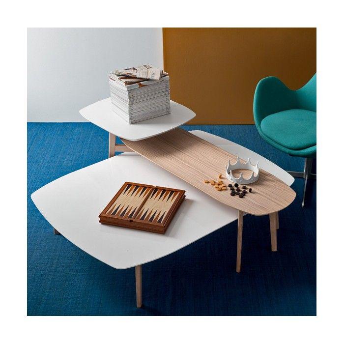 Vierkante tafel met ronde vormen van Calligaris