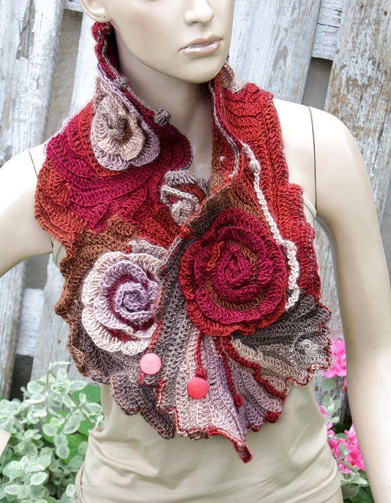 Freeform Crochet Scarf Capelet Schadows Brown Beige Gray Red | Decke ...