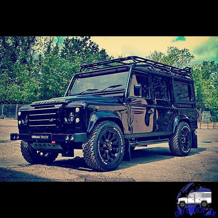 Lr Defenders On Instagram Like Tag Your Friend Defender Landrover Landroverdefender Defender110 Defender90 Ra In 2021 Land Rover Defender Land Rover Defender