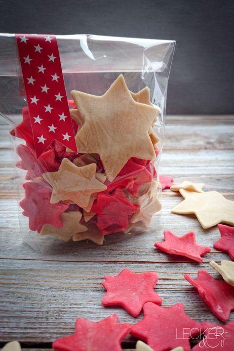 Sternchen-Nudeln - selbstgemachte Pasta | LECKER&Co | Foodblog aus Nürnberg #kleineweihnachtsgeschenkebasteln