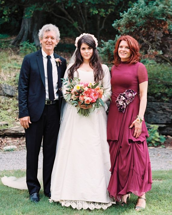 Carrie And Dan S Musical Nashville Wedding All In The Family Bride With Her Father