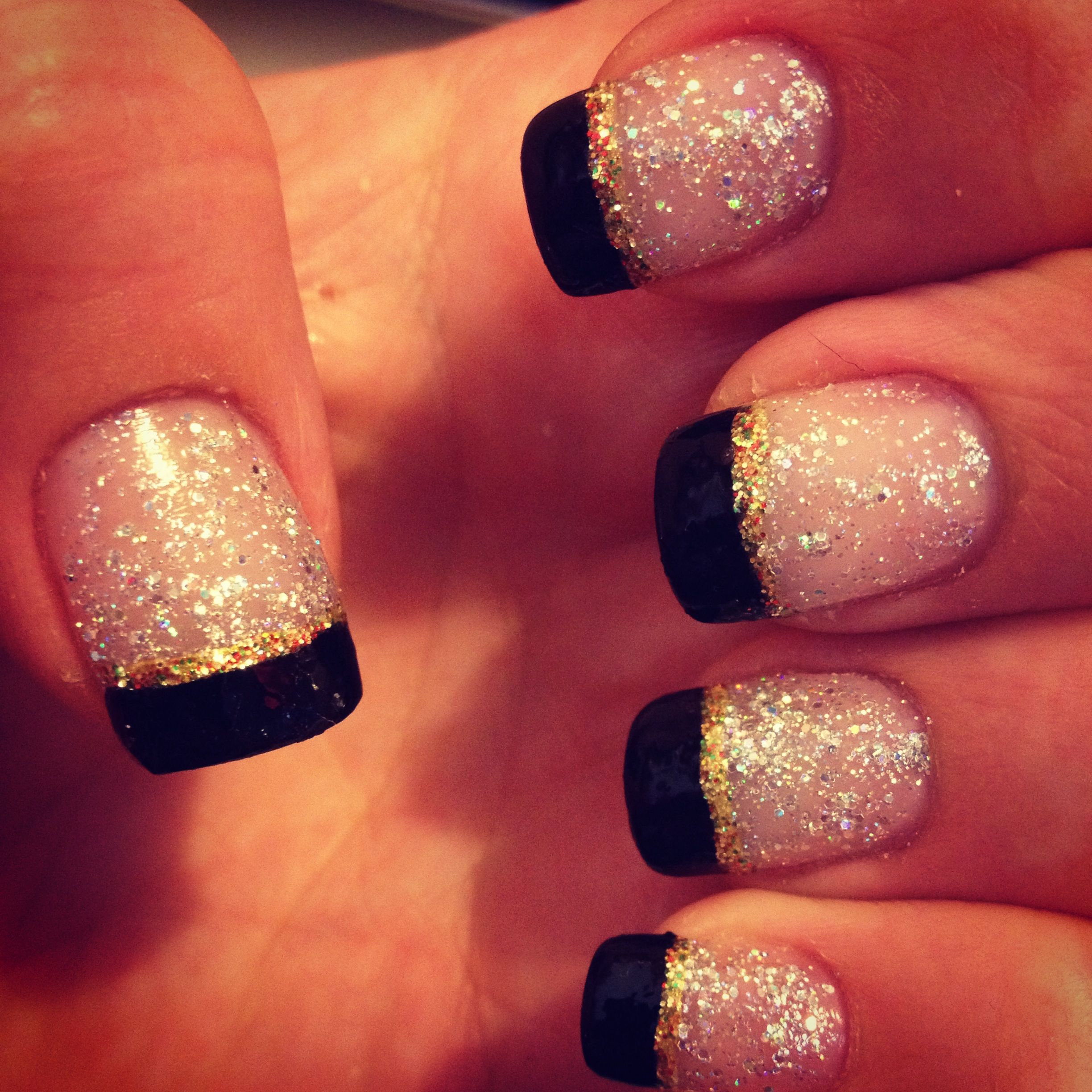 My New Years nails. Simple, yet flashy(: | Sns nails designs ...