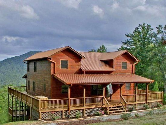 Large Cabin Rental In The Aska Area Near Blue Ridge, GA. Mountain High Is A  Vacation Home Professionally Managed By Southern Comfort Cabin Rentals.