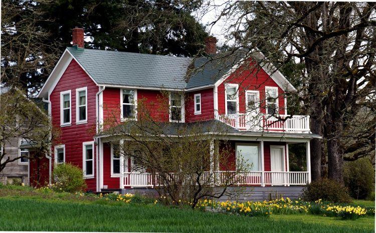 Photo of Fantastisches rotes Bauernhaus.