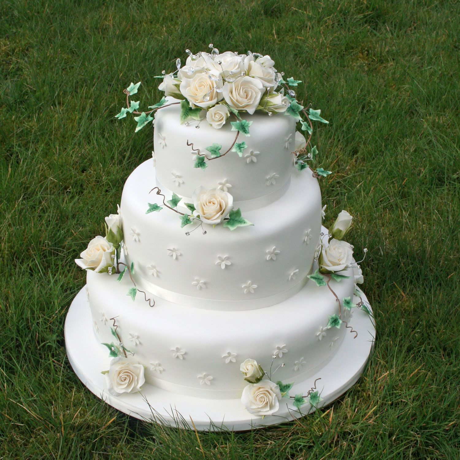 3 tier wedding cake with roses rainbowsugarcraft co uk weddings 10350