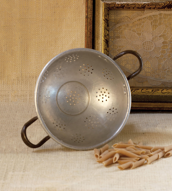 Vintage Kitchenware, Metal Strainer, Vintage Cooking Strainer, Cookware, Country Kitchen Colander, Shabby Chic Colander, kitchen Strainer #vintagekitchenware