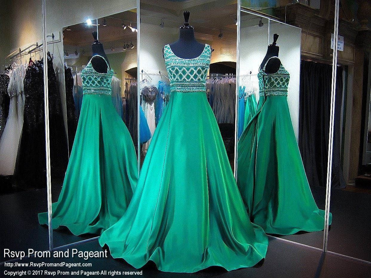 Plus size emerald swoop neck ball gown prom dress prom