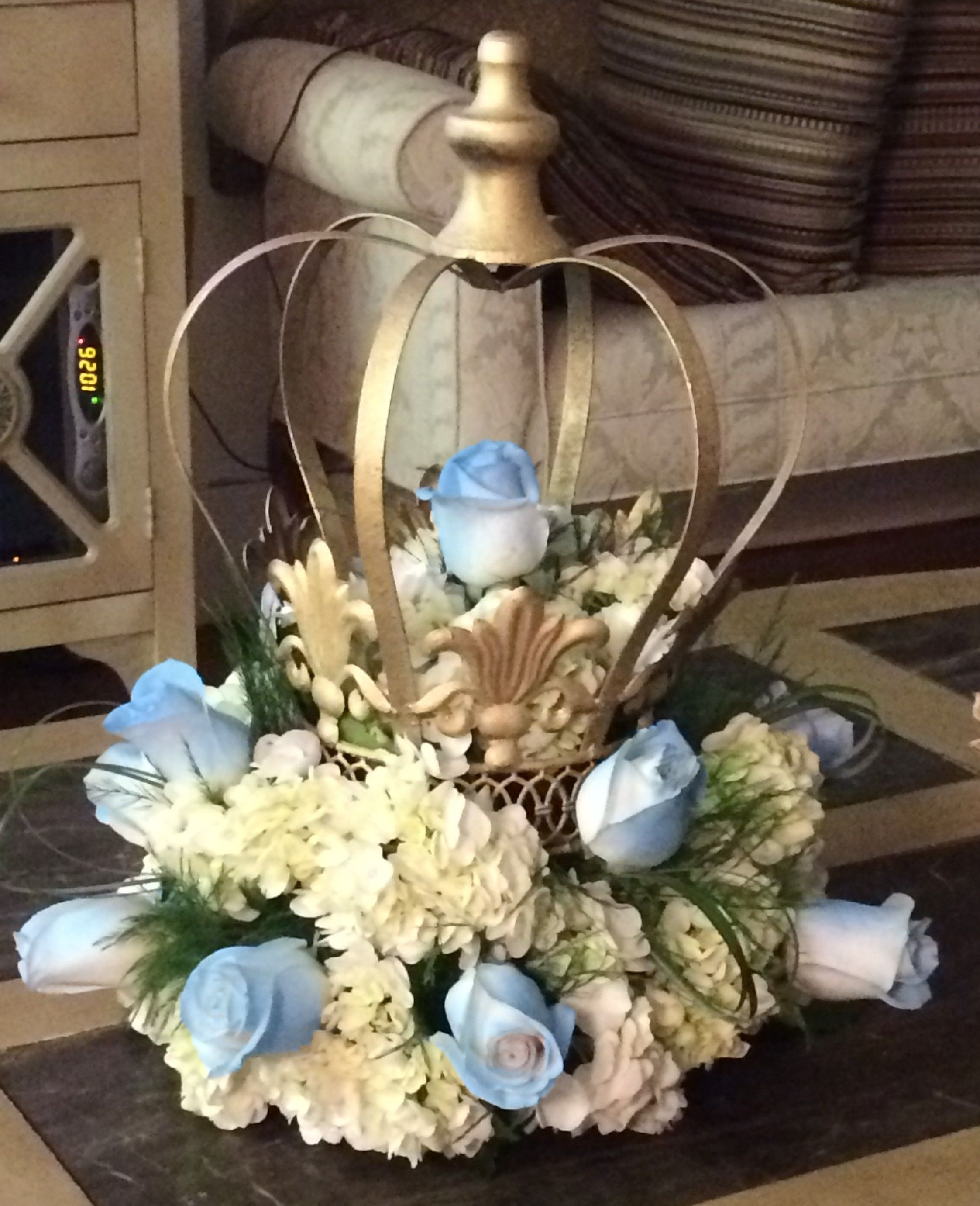 Crown centerpiece decorative painted gold and