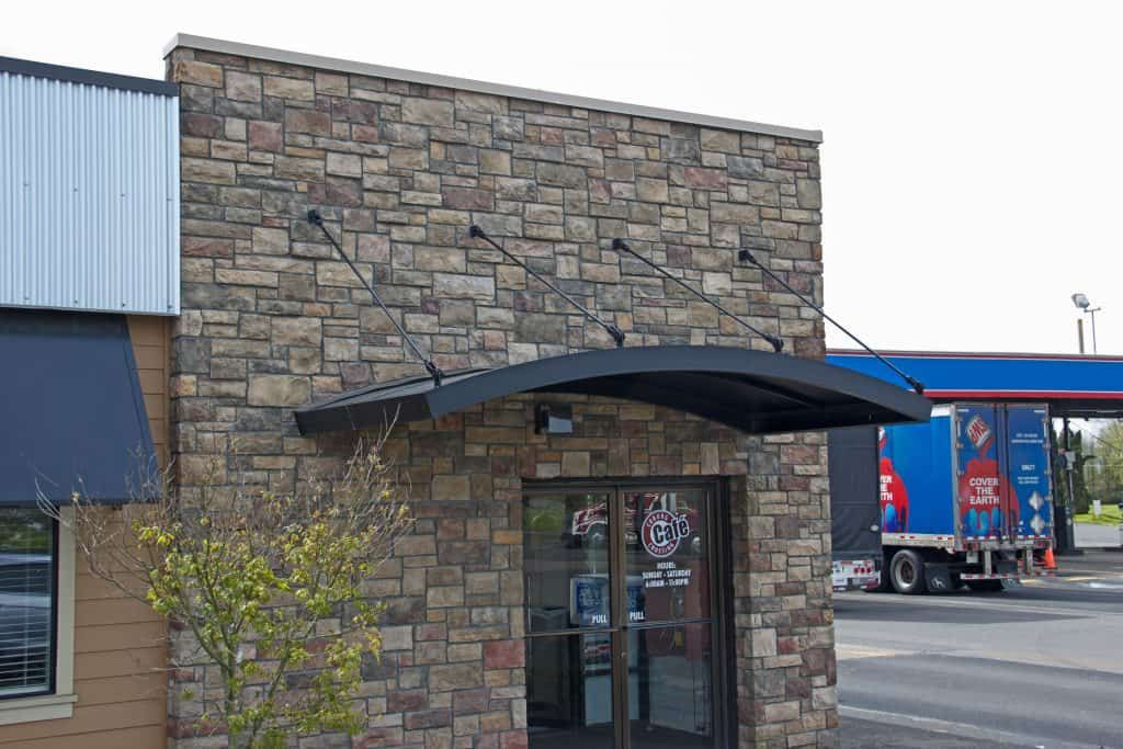 Commercial Awnings (With images)   Metal awning, Facade ...