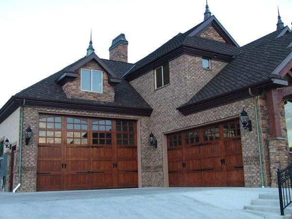 9 Foot Garage Door Http Undhimmi Com 9 Foot Garage Door 133 25 11 Html Residential Garage Doors Garage Doors Carriage House Doors