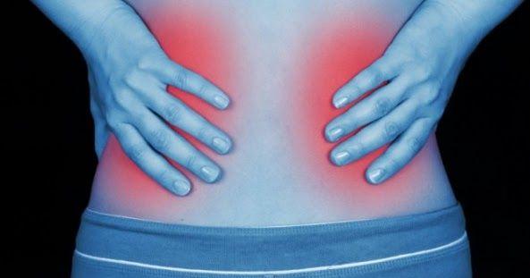 Πότε ένας πόνος στα νεφρά είναι σημάδι σοβαρής κατάστασης – Όλα τα αίτια