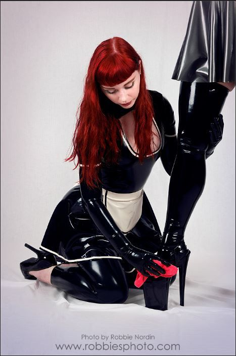 Latex Frenchmaid Lesbian Mistress Kinkymaid Domesticdiscipline