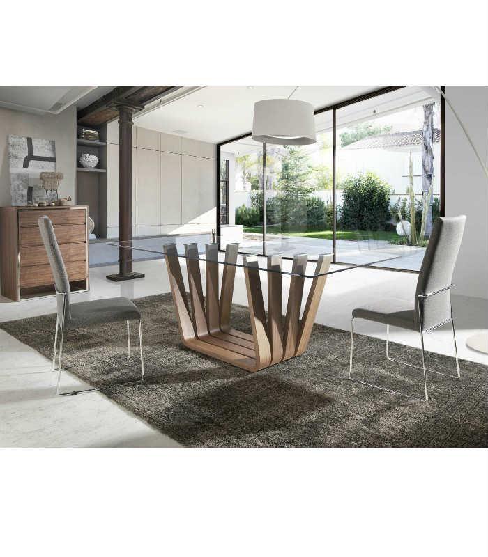 Original dise o de mesa de comedor mia con base de madera for Mesa diseno cristal