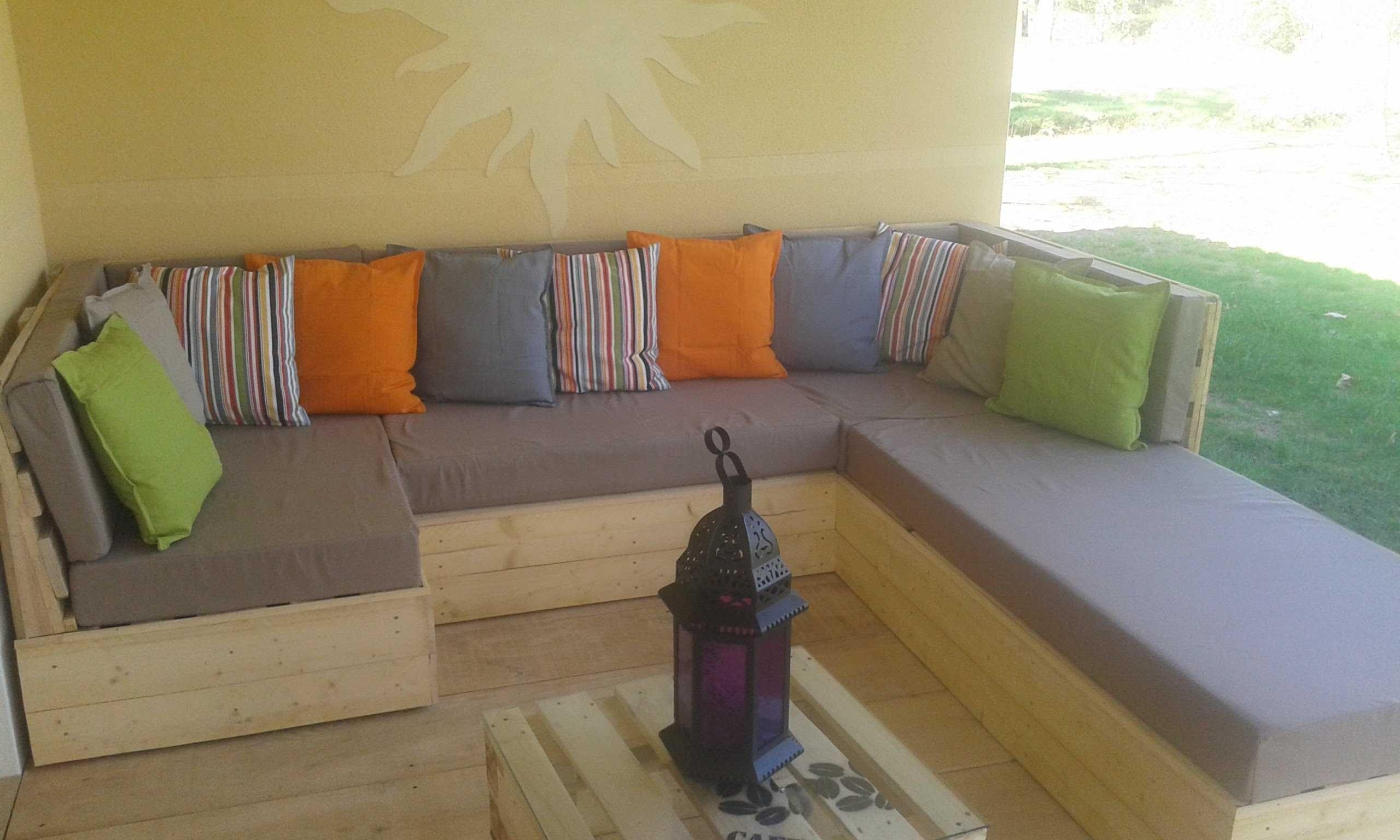 Faire Construire Un Canapé En Bois | Comment Fabriquer Un Salon De ...