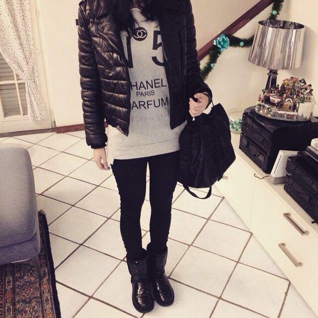 Alexander Wang x h&m leather jacket and bag Ugg boots #marilenaguadalaxara