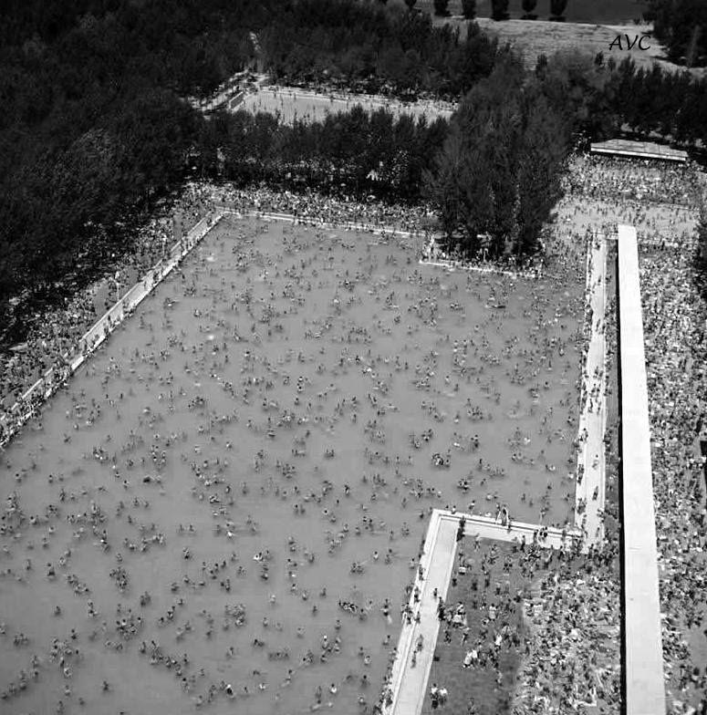 La Piscina Del Parque Sindical 1964 Madrid En La Memoria En