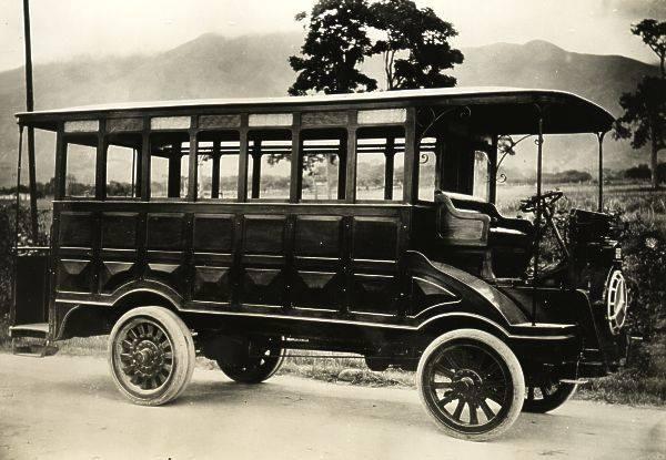 Autobuses boulestin, años 20, Caracas.