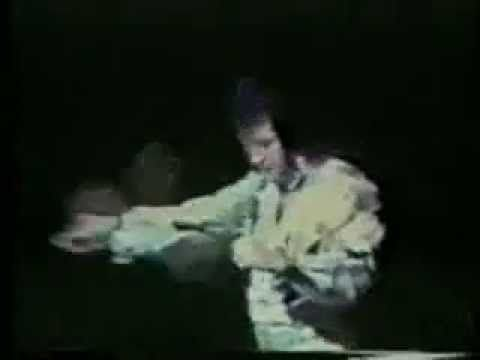 Elvis Presley - Polk Salad Annie - Rare Footage - YouTube
