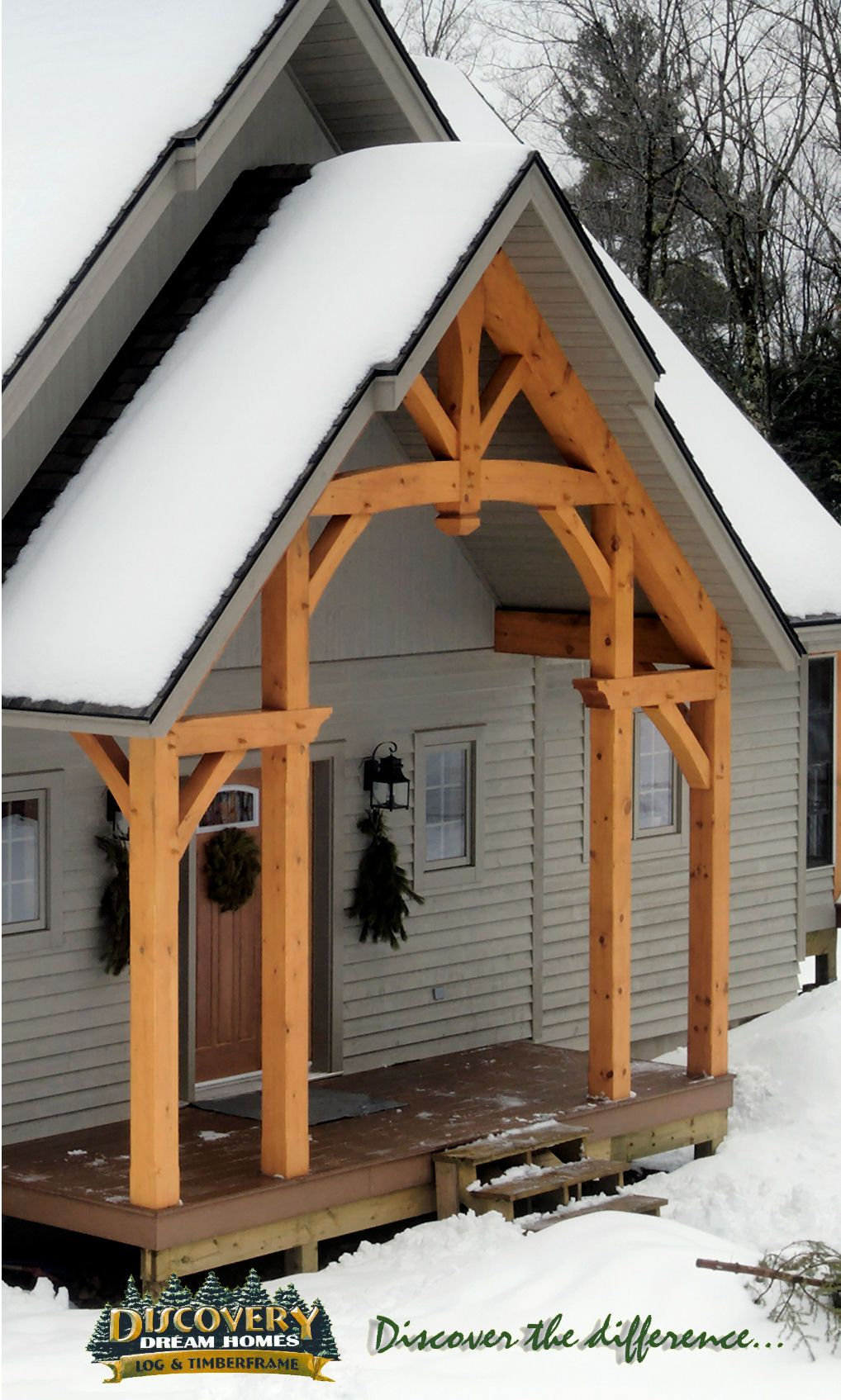 Timber Frame Accent Entryway #TimberFrame #Log #Custom #Accent #DiscoveryDreamHomes