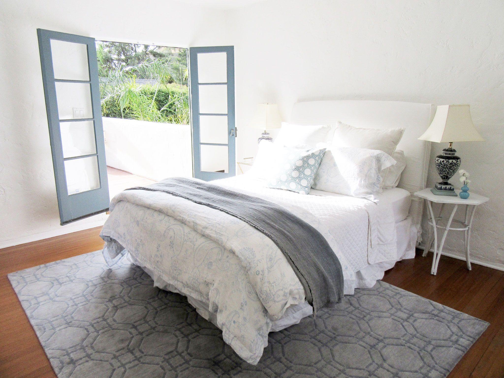 How I Chose My Master Bedroom Rug Woman bedroom, Bedroom