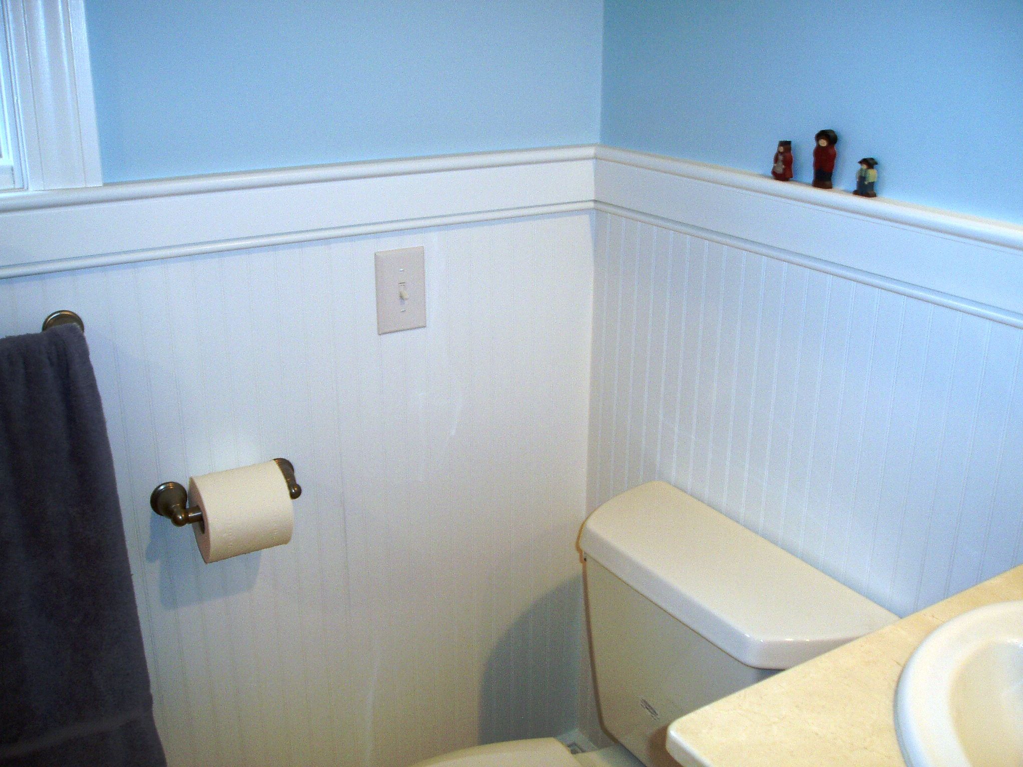 White beadboard paneling and crown molding | Westerville, Ohio ...