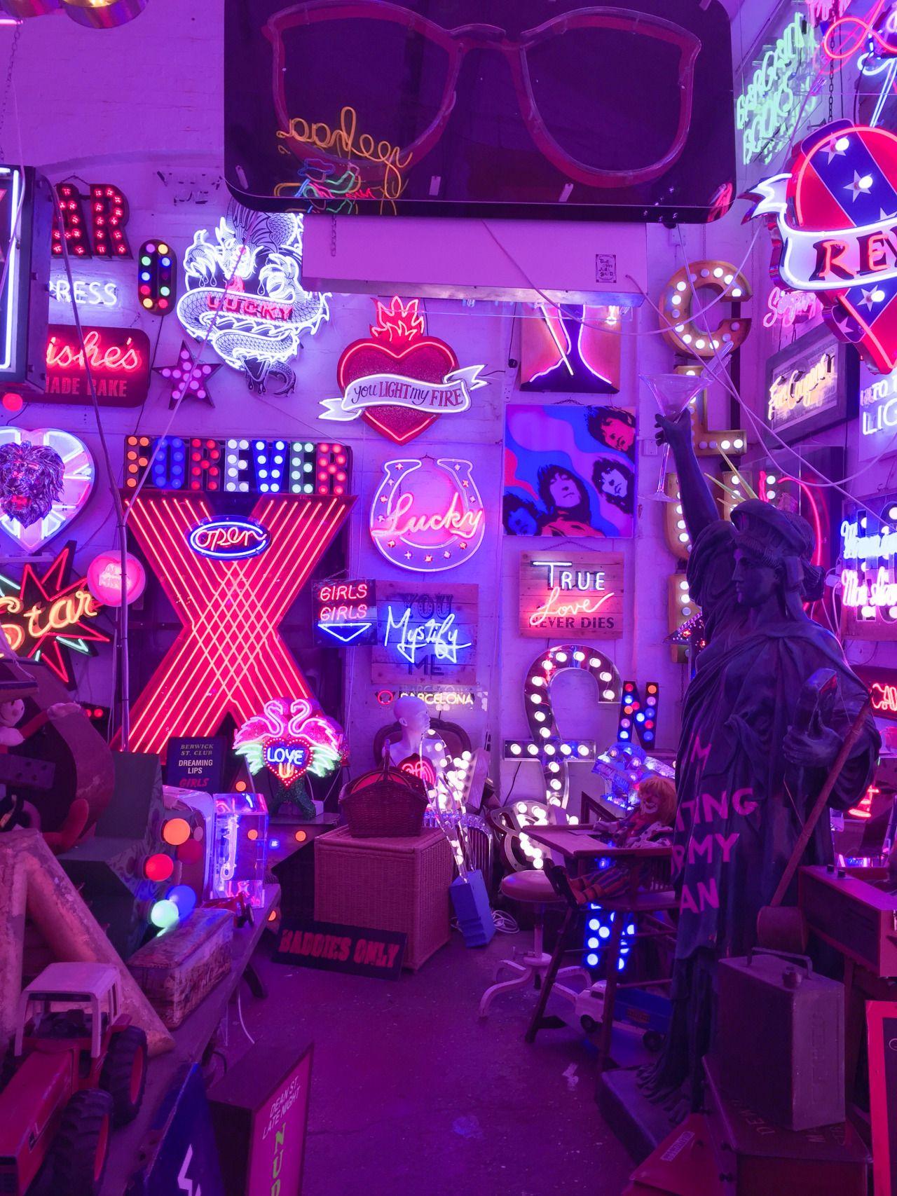 Neon Lights Aesthetic Wallpaper